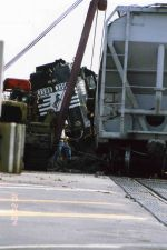 Derailed NS 3308 